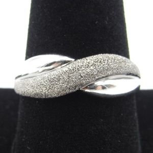 Vintage Size 10 Sterling Two Tone Twist Band Ring